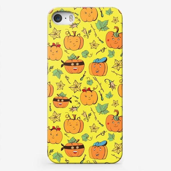Чехол iPhone «тыквы на желтом»