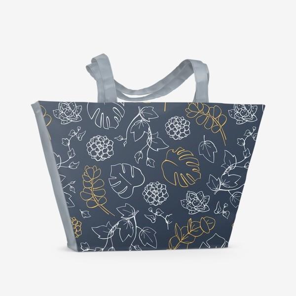 Пляжная сумка «Бело-золотой узор с тропическими растениями»