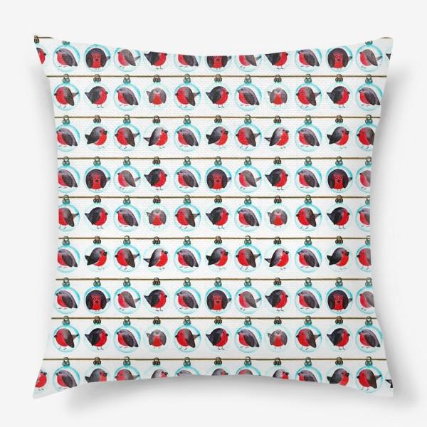 Подушка «Паттерн новогодние шары со снегирями»