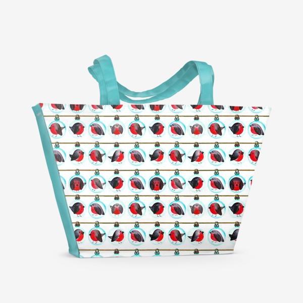 Пляжная сумка «Паттерн новогодние шары со снегирями»