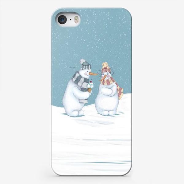 Чехол iPhone «Влюбленные снеговики»