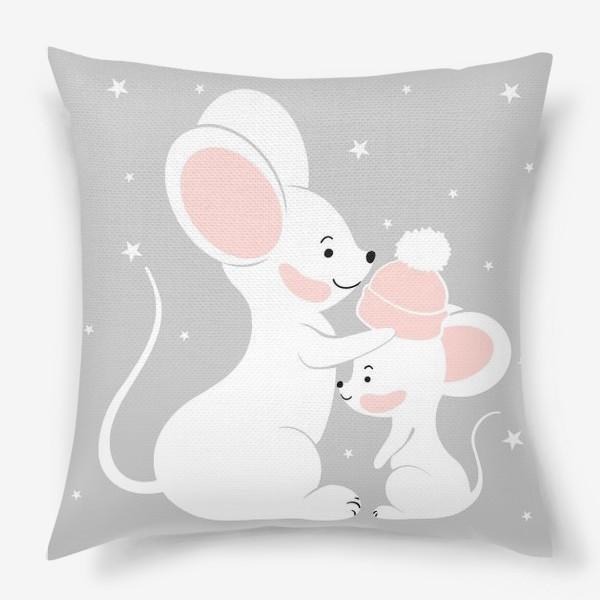 Подушка «Мама мышь с малышом (серия)»