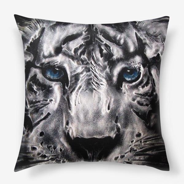 Подушка «тигр с голубыми глазами»