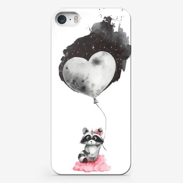 Чехол iPhone «Енот-девочка с воздушным шаром-луной»