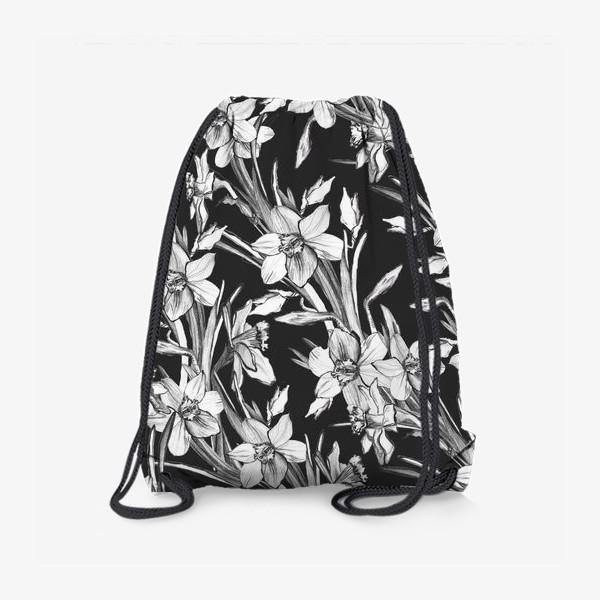 Рюкзак «Нарциссы черно-белые, карандашная графика»