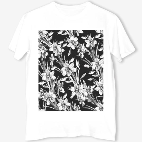 Футболка «Нарциссы черно-белые, карандашная графика»