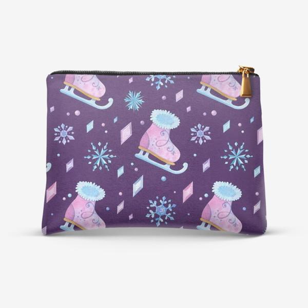 Косметичка «Девичьи коньки, ледяные кристаллы и снежинки. Акварельный паттерн»