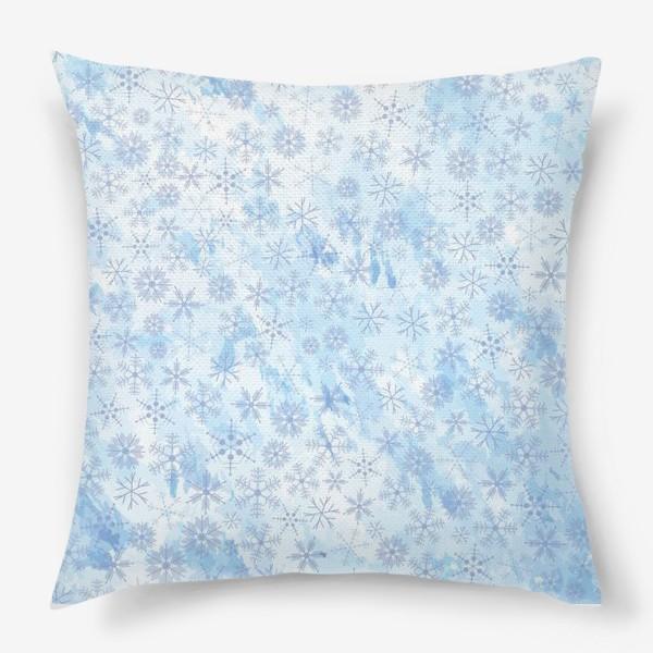 Подушка «Снежинки нежные»