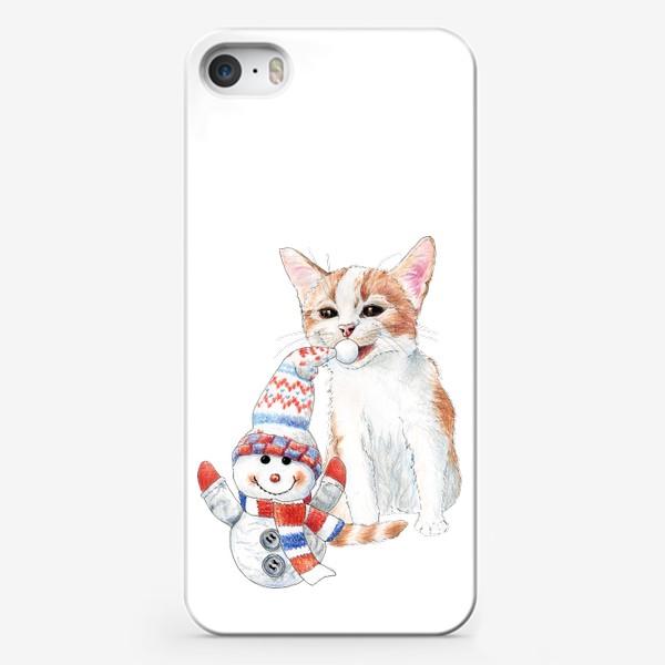 Чехол iPhone «котенок со снеговиком»