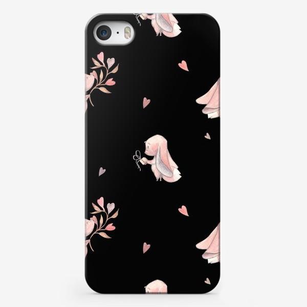 Чехол iPhone «Фенечки с веточкой и подарком на черном фоне»