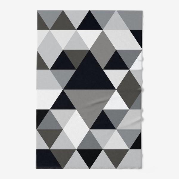 Полотенце «Монохромный паттерн из треугольников и ромбов»