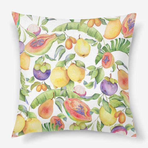 Подушка «Сочные тропические фрукты на белом: папайа, мангостин и цитрусы»