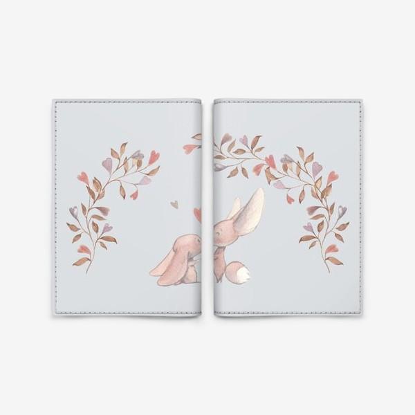 Обложка для паспорта «Влюбленная пара под аркой из цветов»