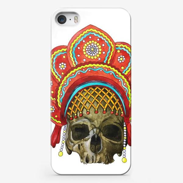 Чехол iPhone «череп в кокошнике»