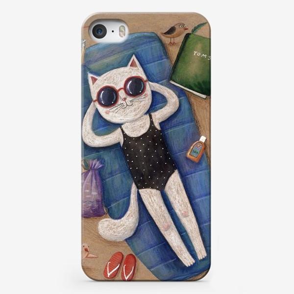 Чехол iPhone «Умная кошка. Том 3»
