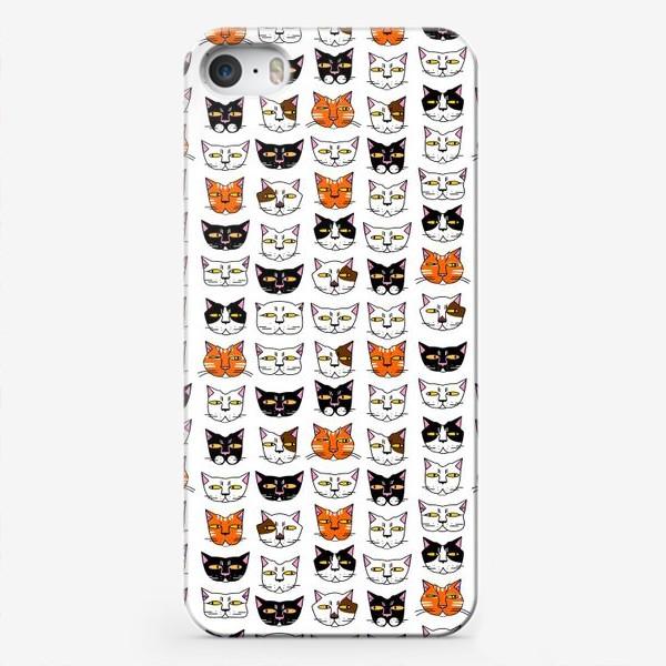 Чехол iPhone «Кошачьи мордашки»