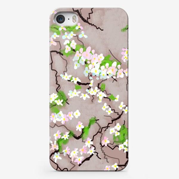 Чехол iPhone «Цветы на земле»