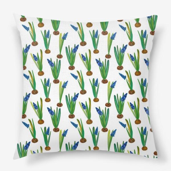 Подушка «Паттерн весенние мускари с луковичками»