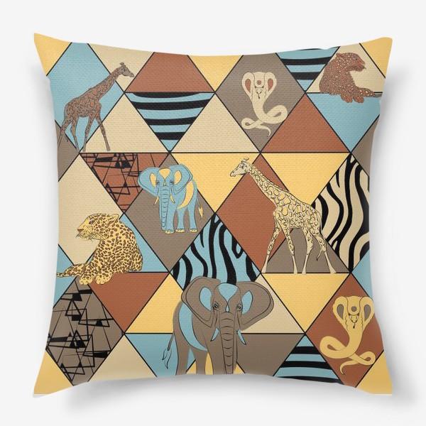 Подушка «Сафари паттерн»