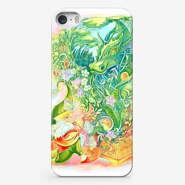 Чехол iPhone «Тайны леса»