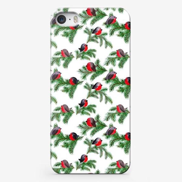 Чехол iPhone «Паттерн снегири на еловых ветках»