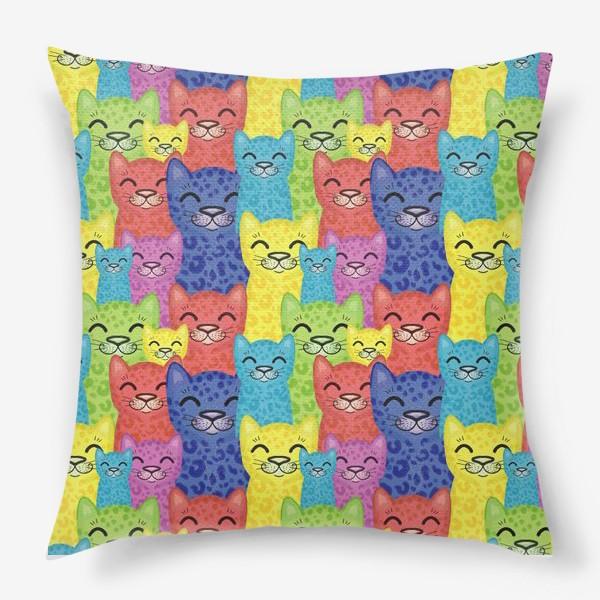 Подушка «Паттерн коты»