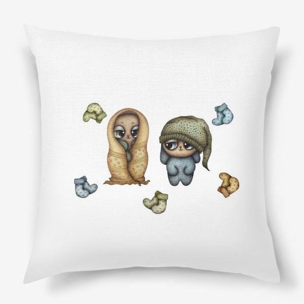 Подушка «Сказочные персонажи и уютные одеяло, колпак и носки»