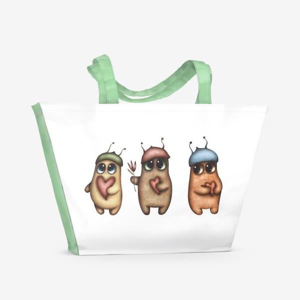 Пляжная сумка «Волшебные персонажи с сердечками»