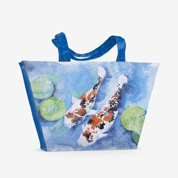 Пляжная сумка «Рыбки карпы в озере»