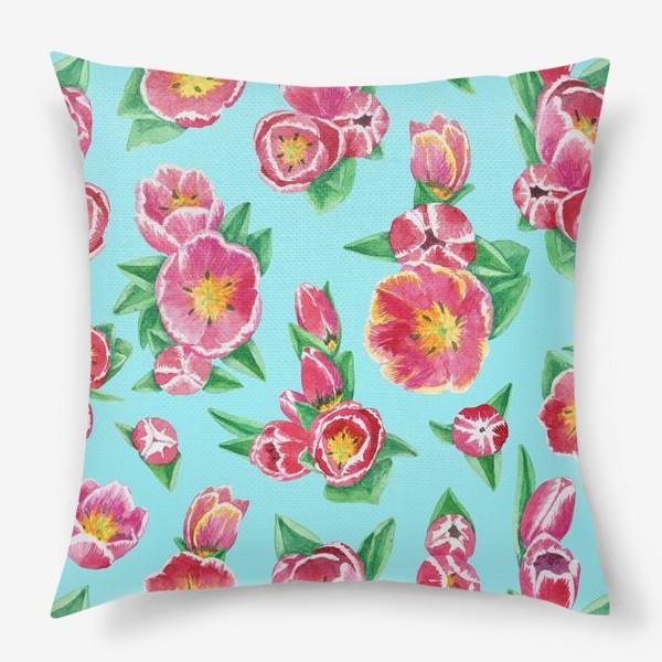 Подушка «Тюльпаны на небесно-голубом»