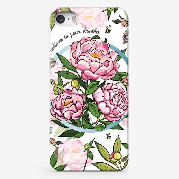 Чехол iPhone «Верь мечтам»