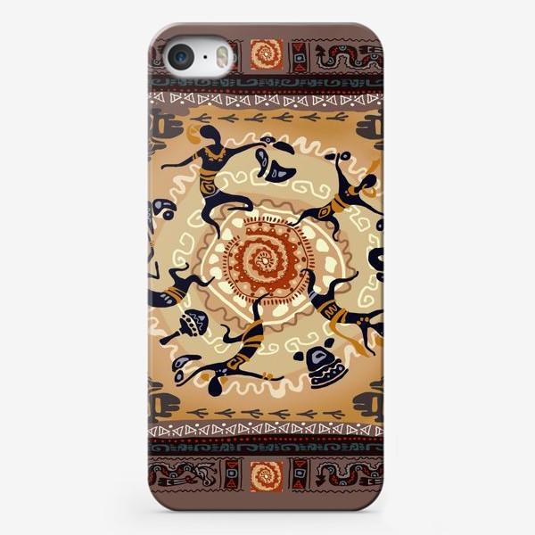 Чехол iPhone «Танцы у костра. Этнические мотивы.»