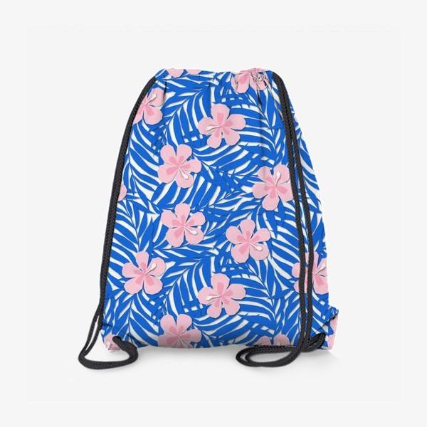 Рюкзак «Тропики. Тропический цветок. Тропические цветы. Ветви пальмы. Пальмовый лист. Листья и бутон цветка.»