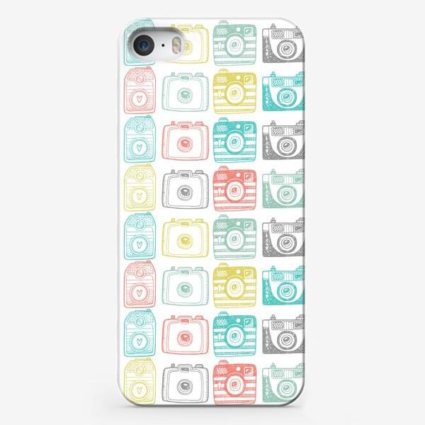 Чехол iPhone «Паттерн с ретро фото камерами»