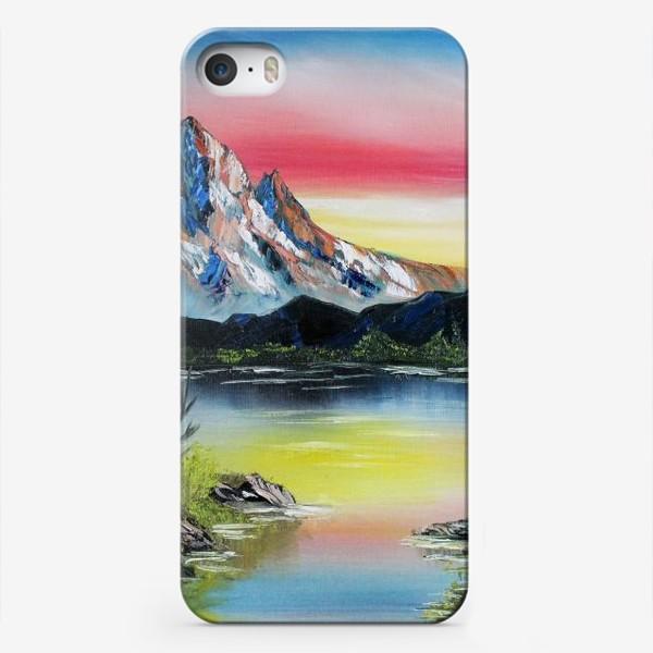 Чехол iPhone «Горы на закате»