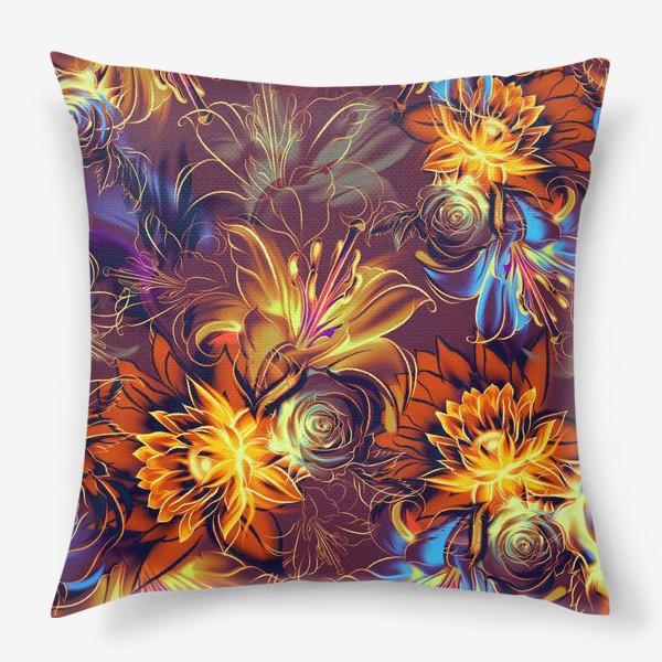 Подушка «Абстрактный бесшовный паттерн с цветами. Летняя текстура с лилиями, розами, ромашками и хризантемами»