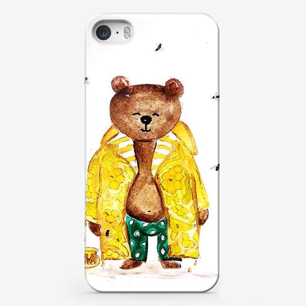Чехол iPhone «Мишка в уютном медовом плаще»