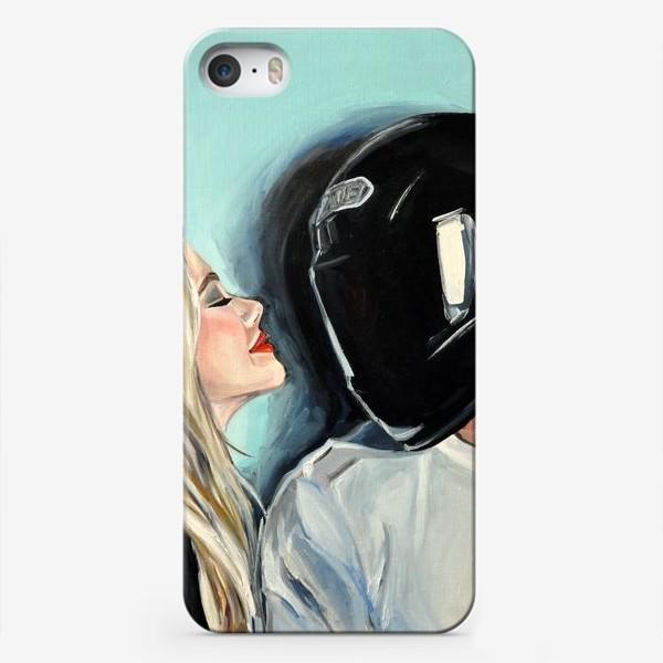 Чехол iPhone «Шлем»