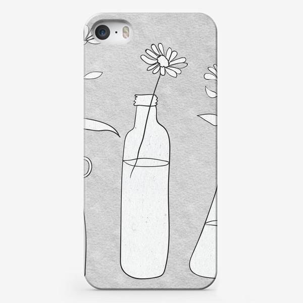 Чехол iPhone «Цветы в бутылях на светлом фоне.»
