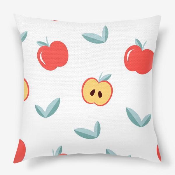 Подушка «Паттерн с большими красными яблоками и листиками»