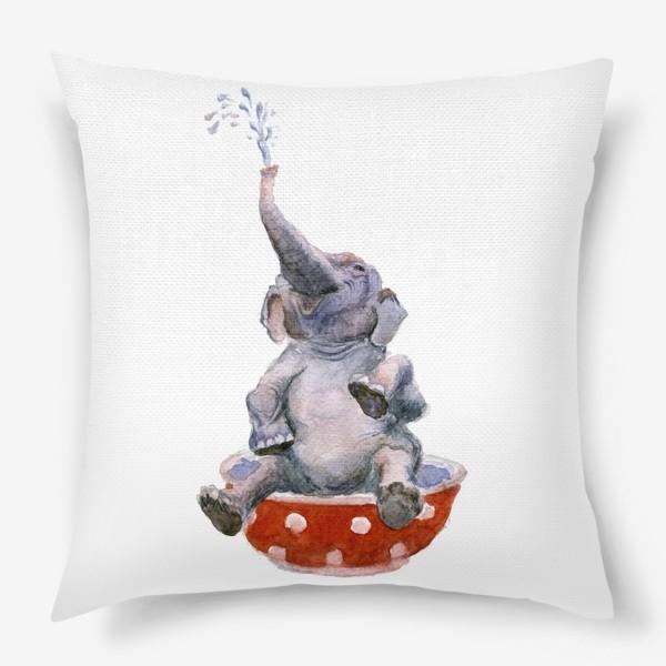Подушка «слон купается в посуде пиала»