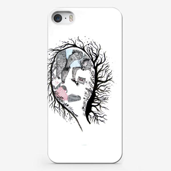 Чехол iPhone «Медведь в берлоге»