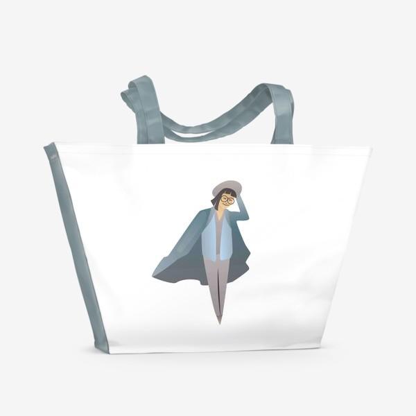 Пляжная сумка «Милая девушка с каре в очках, шляпе и пальто»