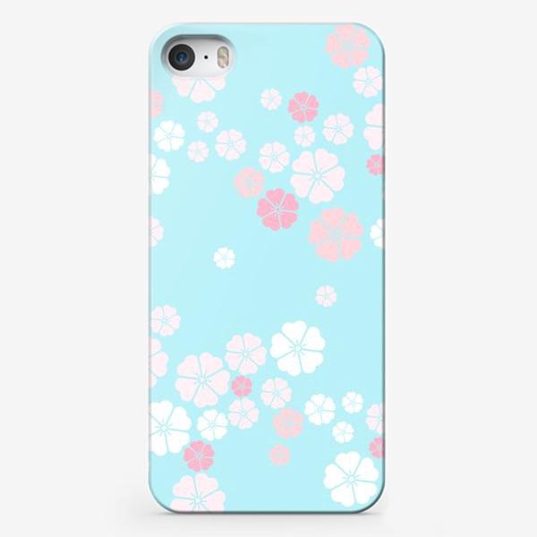 Чехол iPhone «Нежный паттерн. Белые и розовые цветочки на голубом фоне.»