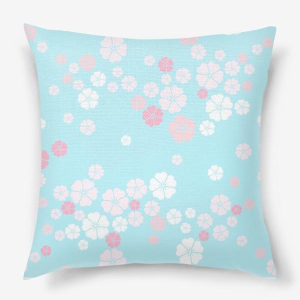 Подушка «Нежный паттерн. Белые и розовые цветочки на голубом фоне.»