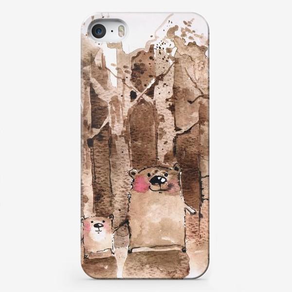 Чехол iPhone «Мишки в бору»