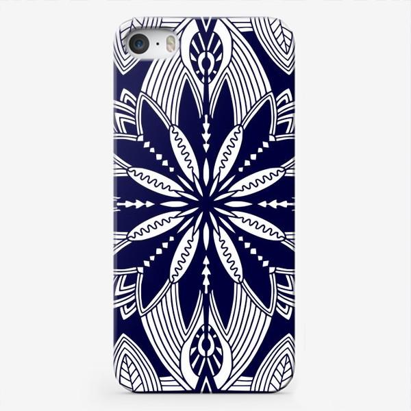 Чехол iPhone «Орнамент с абстрактными листьями. Квадратный узор. Мандала»