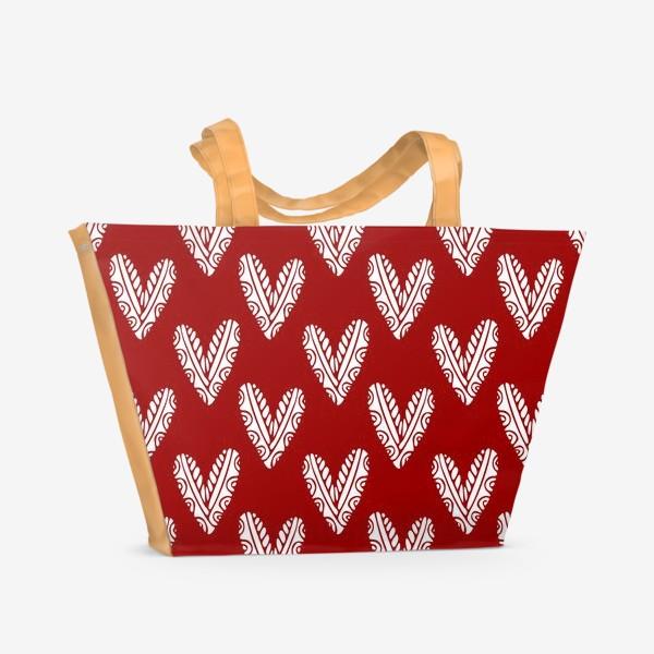 Пляжная сумка «Сердечки. Сердца на красном фоне»
