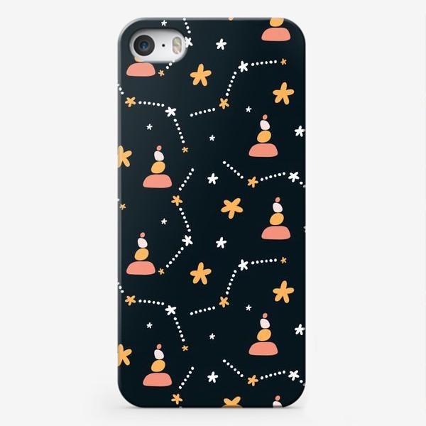 Чехол iPhone «темно синий паттерн  с узором неба и созвездий со стильными элементами»