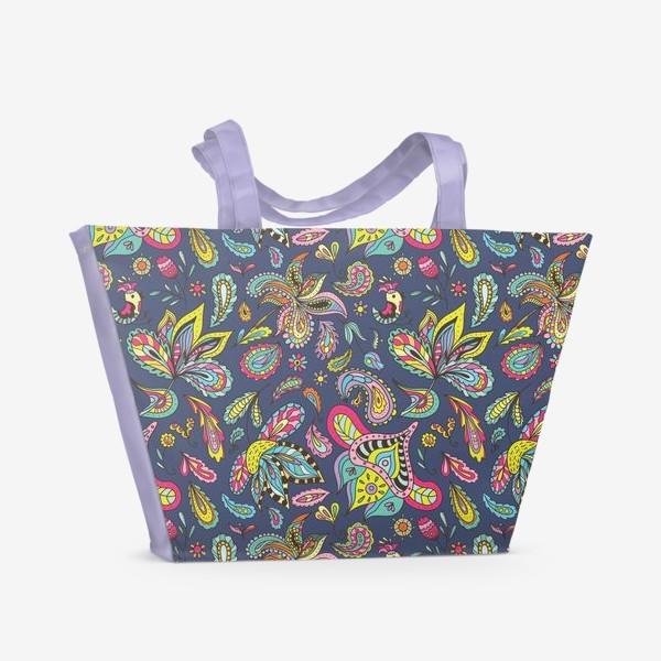 Пляжная сумка «Яркие летние индийские орнаменты с огурцами и цветами»